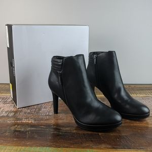 Nine West Kuinby3 Black Booties Heels Size 9.5
